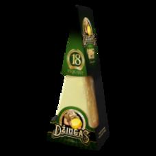 Tvrdý syr DŽIUGAS® Piquant, zrejúci 18 mesiacov 180 g
