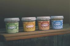 Konopky, sušenky z loupaných konopných semínek - Natural, Kokos, Mák, Skořice 100 g