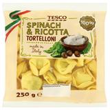 Vaječné těstoviny plněné sýrem ricotta a špenátem 250 g