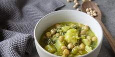 Pórková polévka s quinoou a cizrnou
