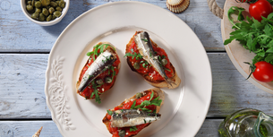 Bruschetta se sardinkami
