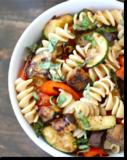 Těstovinový salát s ratatouille